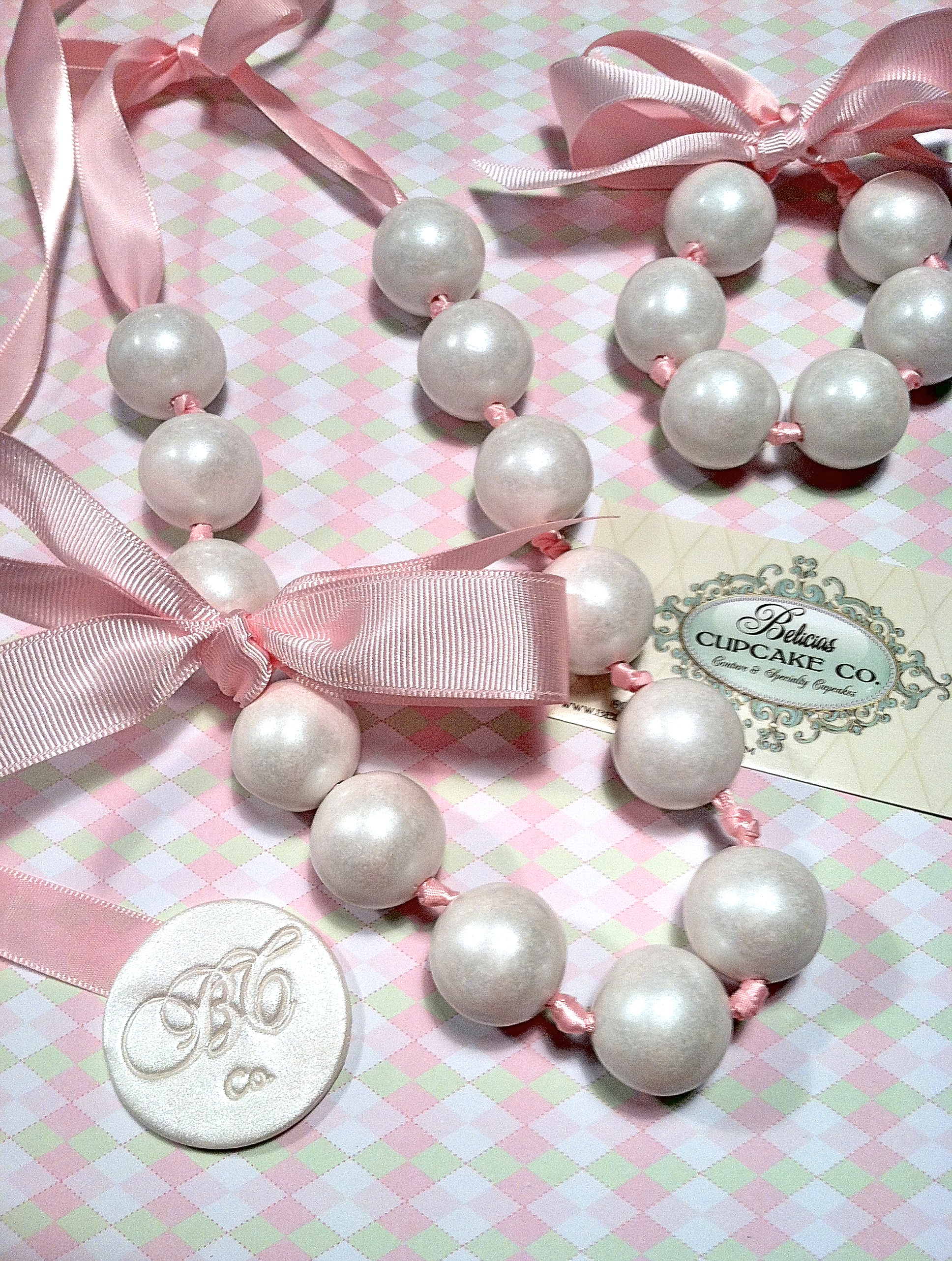 """Gumball Necklace Couture Pearls """"edible"""" These Shabby Chic s Are"""